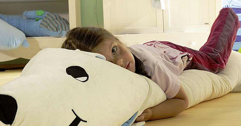 Bettenmeier – Nackenstützkissen und Schlaftiere – Tommschi Kinderkissen